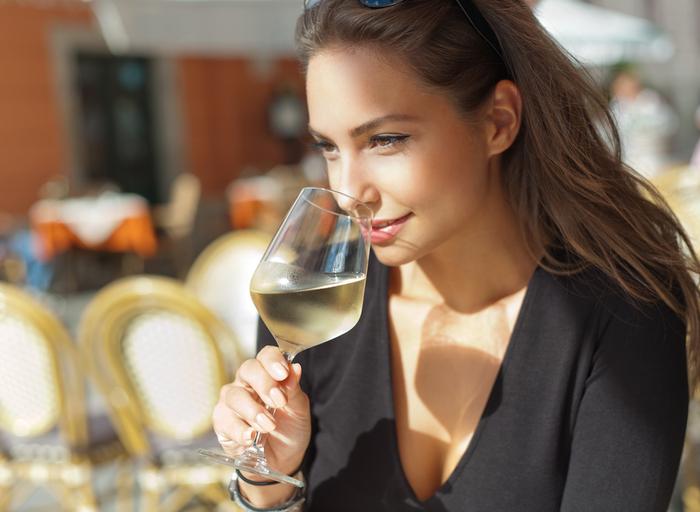 El consumo de alcohol reduce las posibilidades de lograr un embarazo